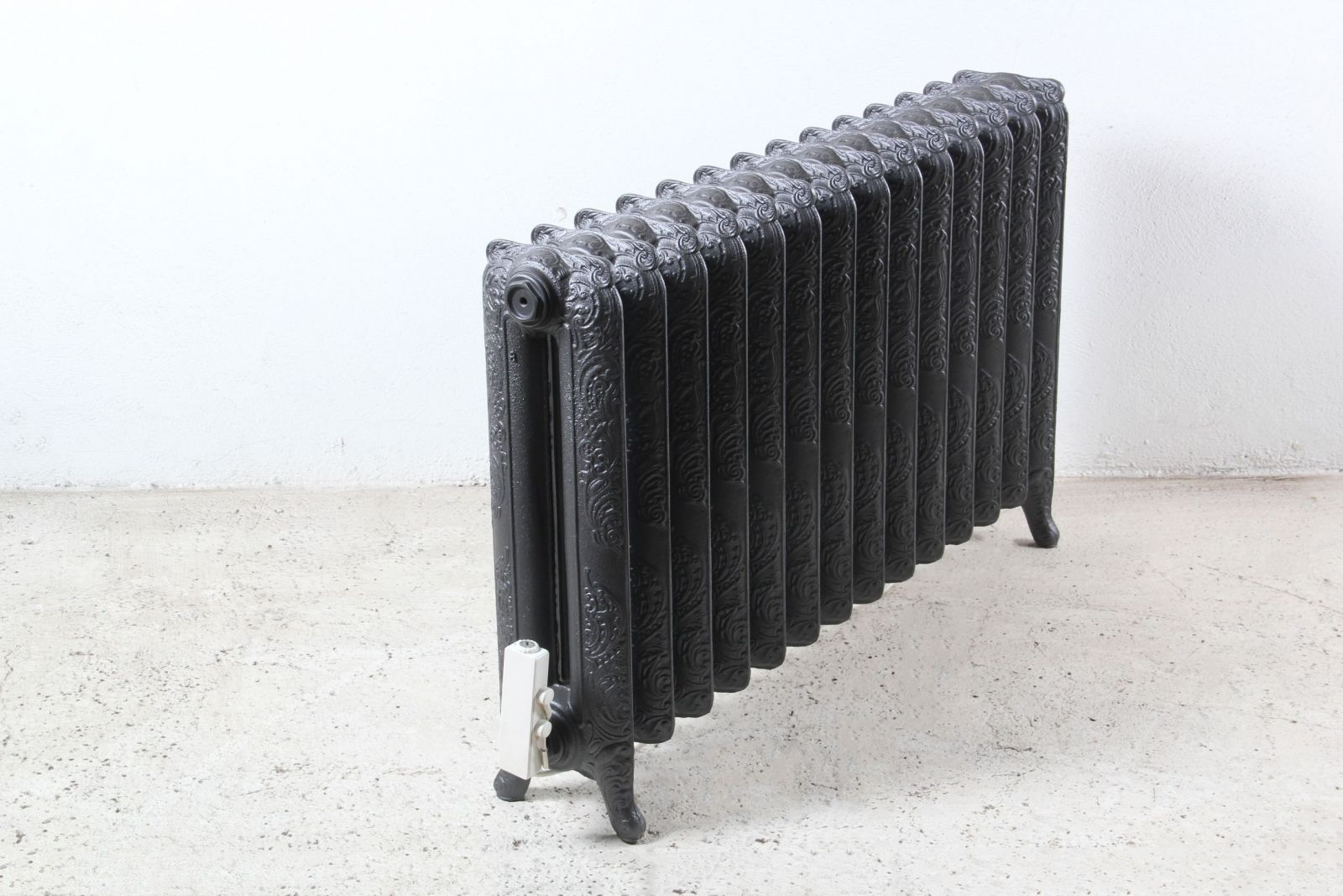 radiateur fonte electrique style retro id e. Black Bedroom Furniture Sets. Home Design Ideas